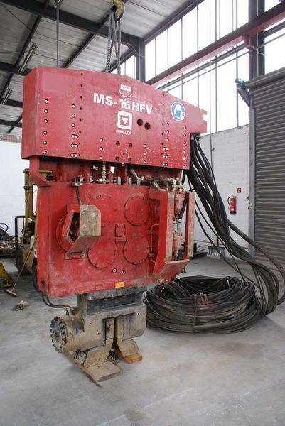 Ostala oprema Vibropogruzhatel Muller M16HFV i Power pack MS-A260