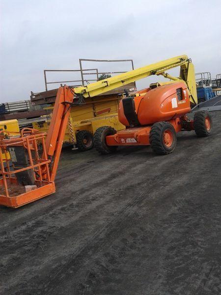 hidraulična zglobna platforma JLG 600 AJ   4*4*4