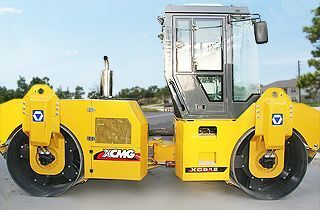 novi valjak za asfalt XCMG XD81E