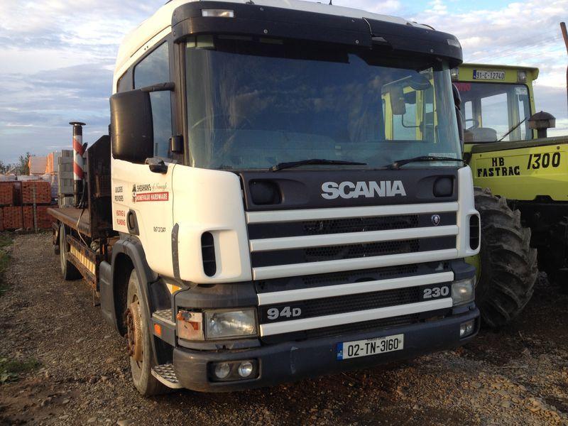 kamion platforma SCANIA 94D