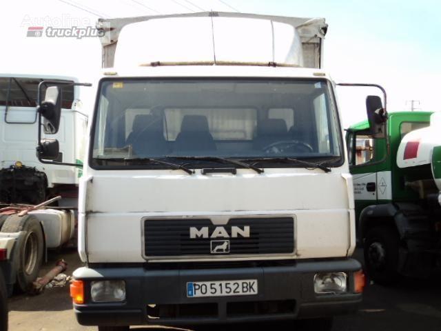 kamion s ceradom MAN 12 .224 LL-K