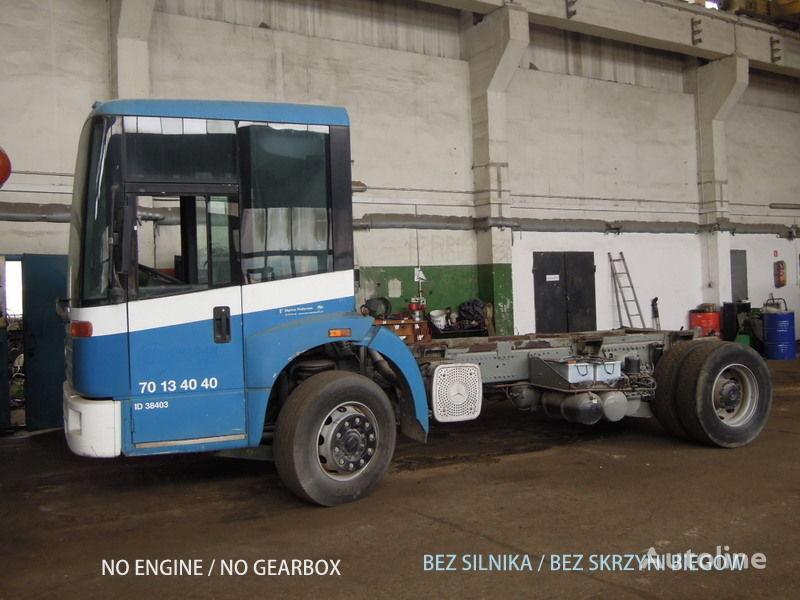 kamion-šasija MERCEDES-BENZ Econic 1828