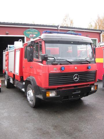 vatrogasno vozilo MERCEDES-BENZ 1320