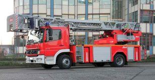 Vatrogasno vozilo MERCEDES BENZ F20130- Metz L27- Fire-truck - Turntable ladder