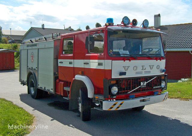 vatrogasno vozilo VOLVO F-7