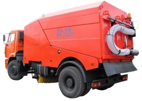 vozilo za čišćenje ulica KAMAZ KO-326-02