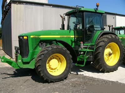traktor točkaš JOHN DEERE 8300