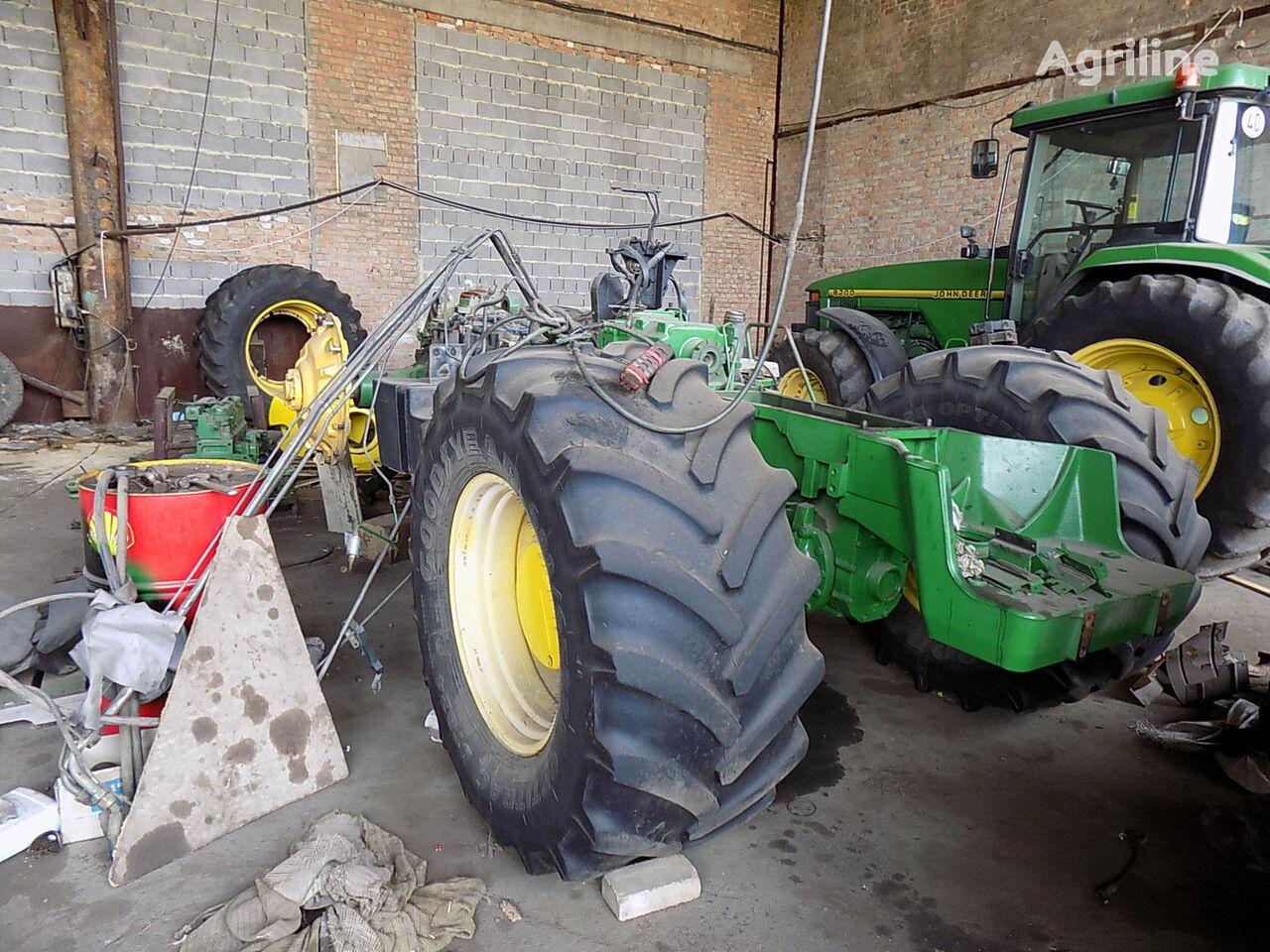 traktor točkaš JOHN DEERE 8400 8300 po zapchastyam na razborke