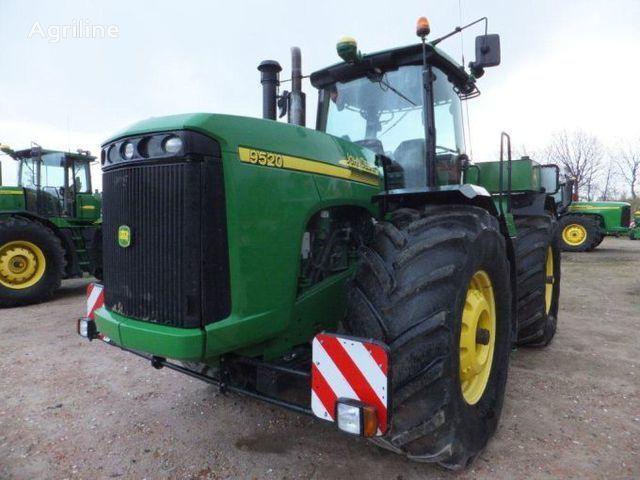 traktor točkaš JOHN DEERE 9520