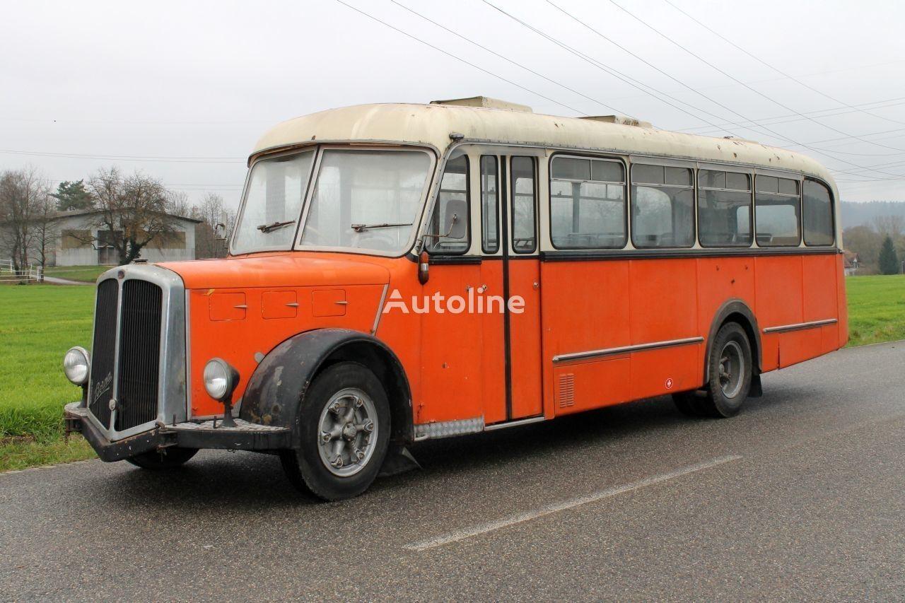prigradski autobus BERNA Saurer
