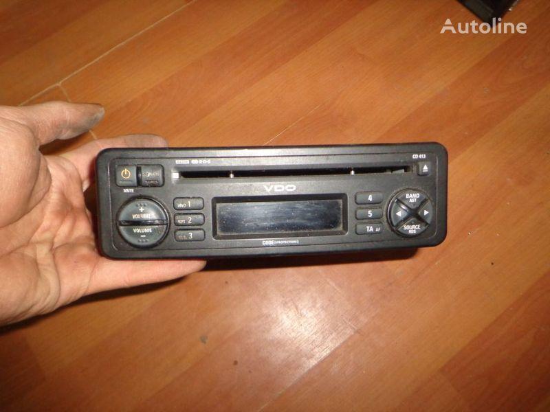 autoradio  VDO CD413. 12V. CD. za kamiona