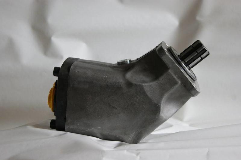 novi hidraulična pumpa  aksialno-porshnevoy 85 l/min. dlya tyagacha za kamiona