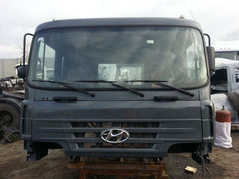 kabina za kamiona HYUNDAI HD 170 250 270 370 450 500