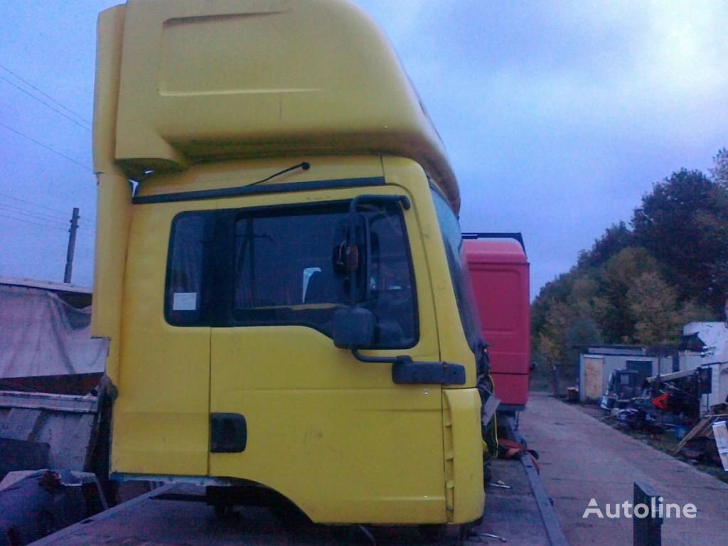 kabina za kamiona MAN TGA sypialna dzienna 8000 zl