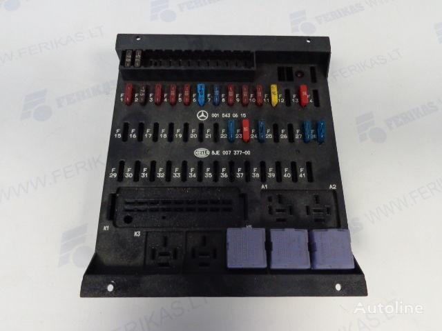kutija s osiguračima  HELLA 0015430615,0015433115,8JE007377-01,8JE007377 za tegljača MERCEDES-BENZ