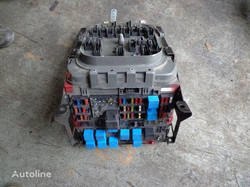 kutija s osiguračima za tegljača RENAULT Premium