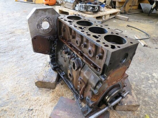 motor  CUMMINS 4T-390/59 (MOTOR PARA PIEZAS REPUESTO) za Ostale opreme
