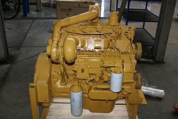 motor za utovarivača točkaša CATERPILLAR 3204