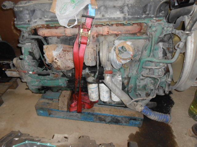 motor  D13A480EC01 VOLVO ENGINE KW353/480 cm³ 12780 za tegljača VOLVO FH13 440/480