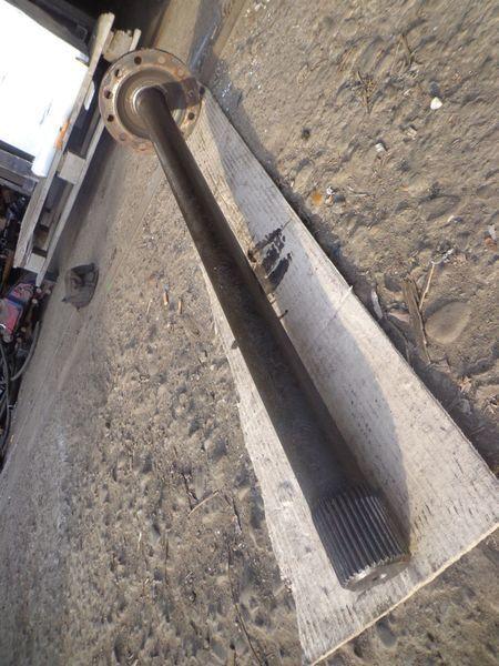 polu-osovina  34 shlica za kamiona VOLVO FM, FH