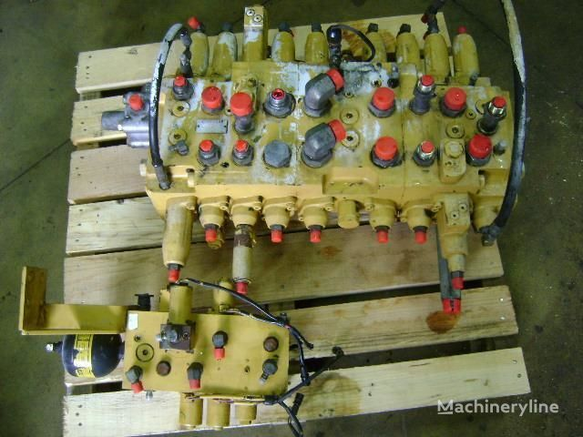 razvodnik paljenja za bagera CATERPILLAR 312 B