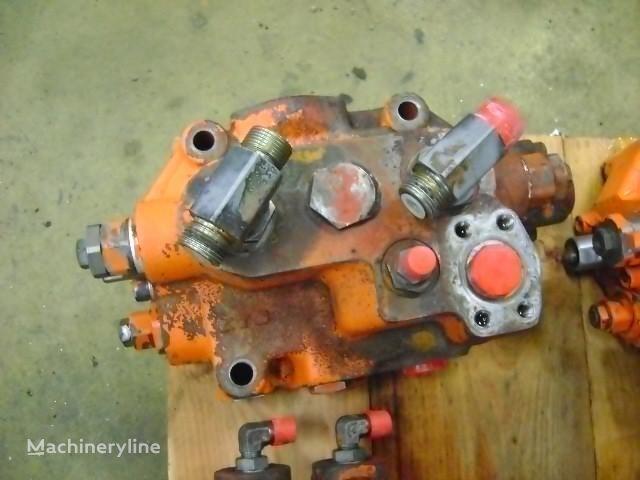 razvodnik paljenja  Distributor za bagera FIAT-HITACHI W 270