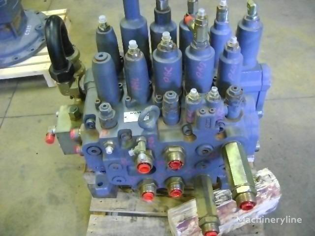 razvodnik paljenja za bagera NEW HOLLAND E 385