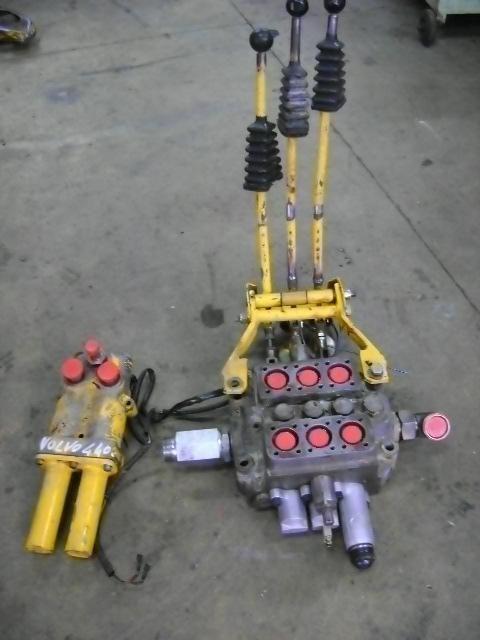 razvodnik paljenja za utovarivača točkaša VOLVO 4400