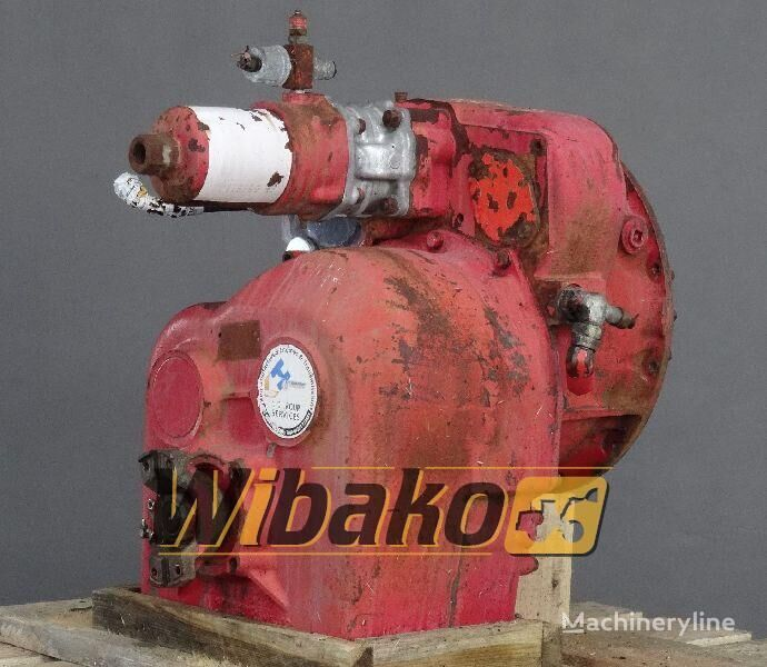 reduktor  Gearbox/Transmission Clark 135HR28213/4 za bagera 135HR28213/4