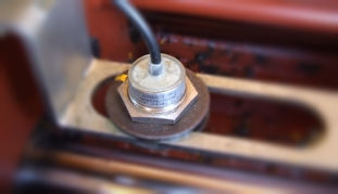 rezervni delovi  Datchiki (sensory) indukcionnye (distancionnye) za pumpe za beton