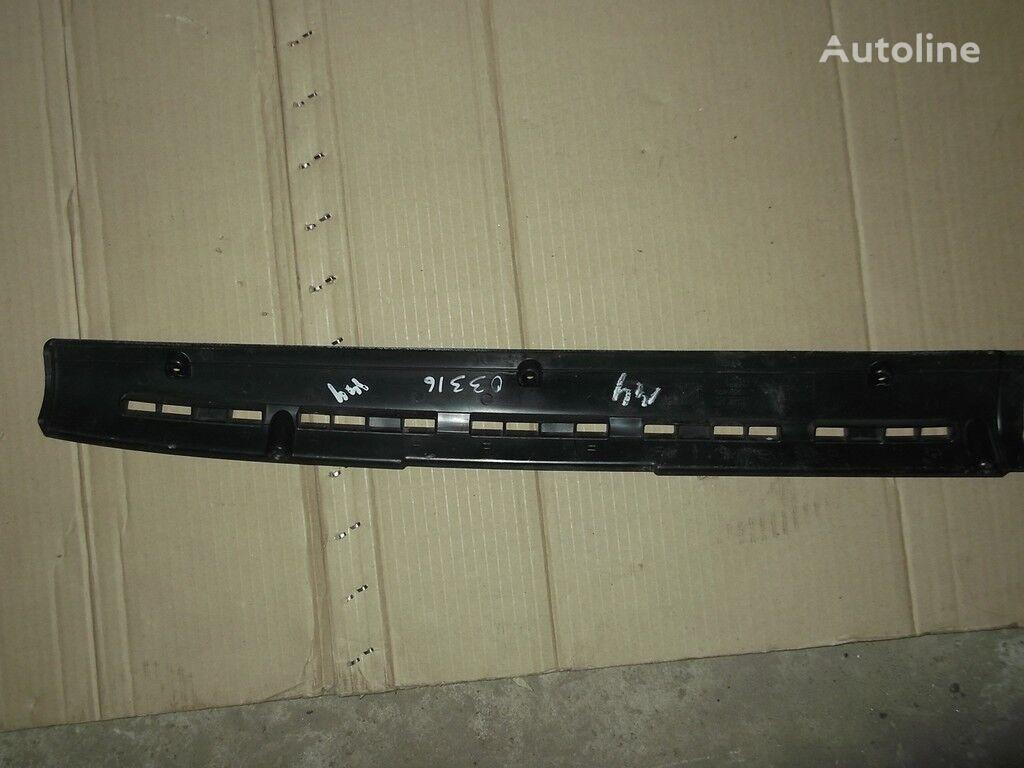 rezervni delovi  Nakladka-vozduhovod peredney paneli DAF za kamiona