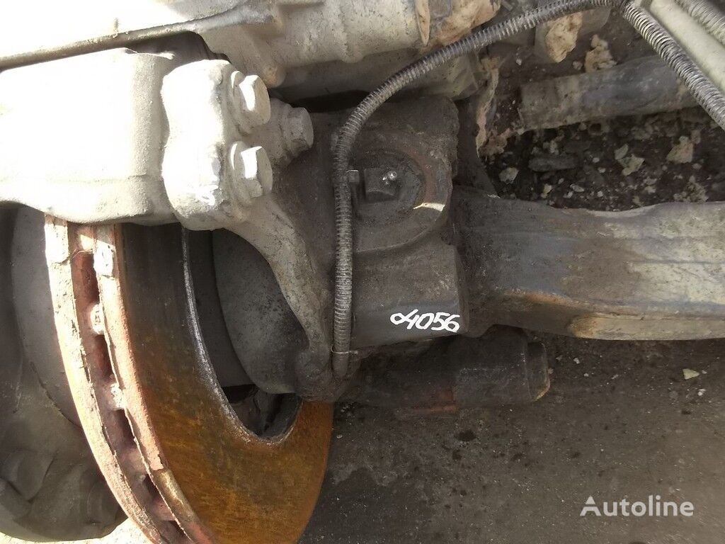 rezervni delovi  Povorotnyy kulak RH za kamiona MERCEDES-BENZ
