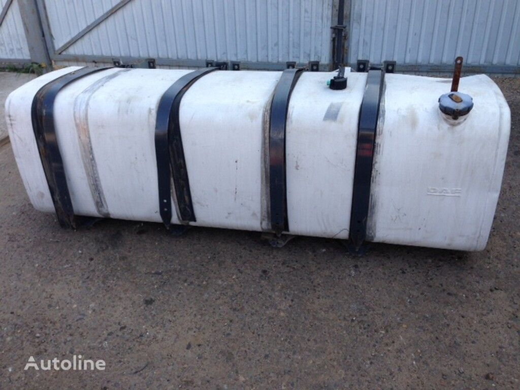 rezervoar za gorivo  alyuminievyy 995l (DAF 700H700H2220) za kamiona