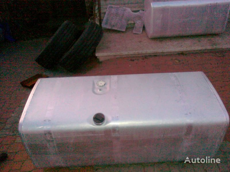rezervoar za gorivo  SCANIA ZBIORNIK PALIWA 700Litrów za tegljača SCANIA SERIE 4 / R