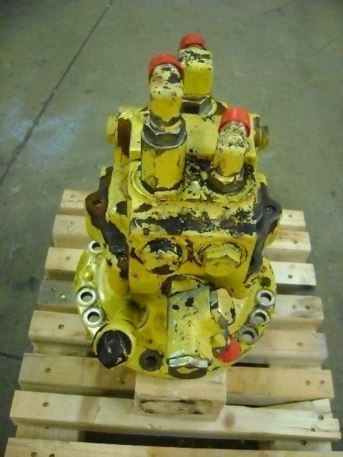 rotacioni prenosnik  Motore di rotazione za bagera KOMATSU PW 130