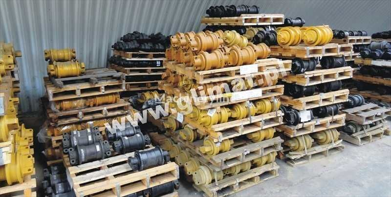 novi vučeni valjak za građevinske opreme CATERPILLAR D8N , 583