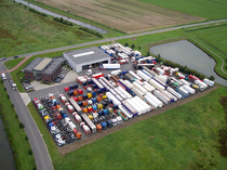 Trgovačka stranica LB Trucks BV
