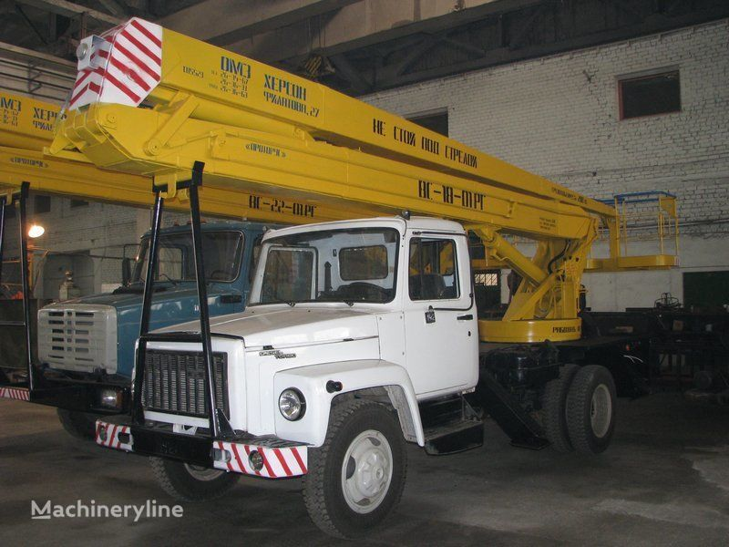 auto dizalica s korpom GAZ VS—18-01 RG