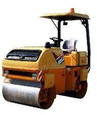 novi valjak za asfalt AMCODOR 6223V