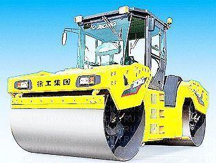 novi valjak za asfalt XCMG XD132