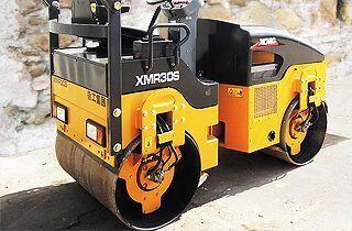 novi valjak za asfalt XCMG XMR30S
