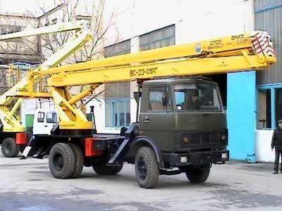 auto dizalica s korpom KAMAZ VS—22-01