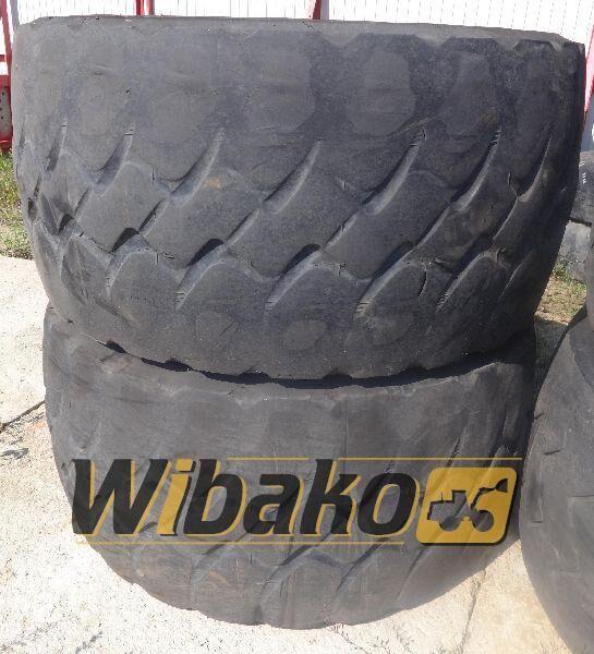 guma za kamione 775/65/29 (24/45/28)