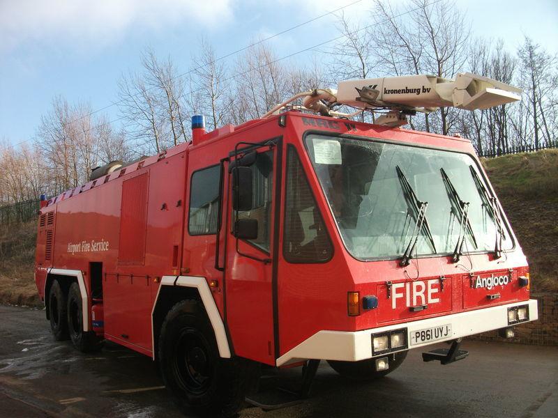 aerodromsko vatrogasno vozilo ## FOR HIRE # ANGLOCO AIRPORT FIRE FIGHTING VEHICLE / KRONENBURG