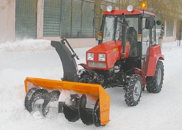 čistač snega MTZ Shneko-rotornyy na MTZ 320