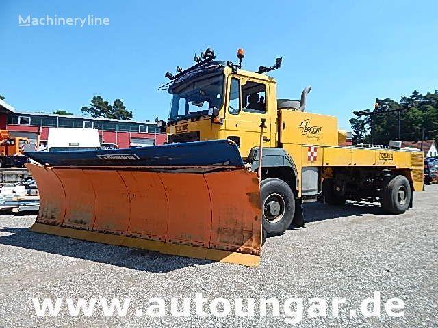 ostale komunalnie mašine MAN  Boschung BJB 8000 Jetbroom Winterservice Airport Off-Road