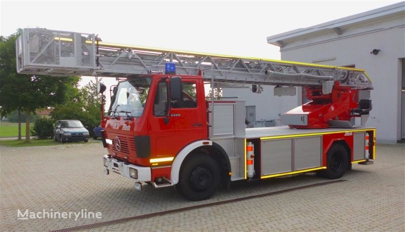 vatrogasno vozilo MERCEDES-BENZ F20126-Metz DLK 23-12–Fire-truck - Turntable ladder