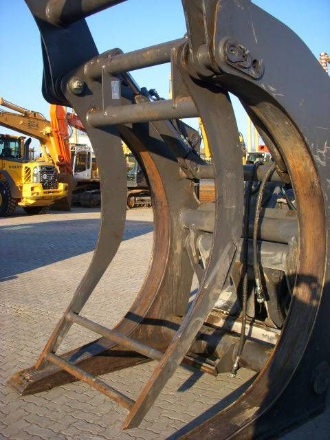 grejfer VOLVO (294) Auswerfer /ejector for wood grap model 80777