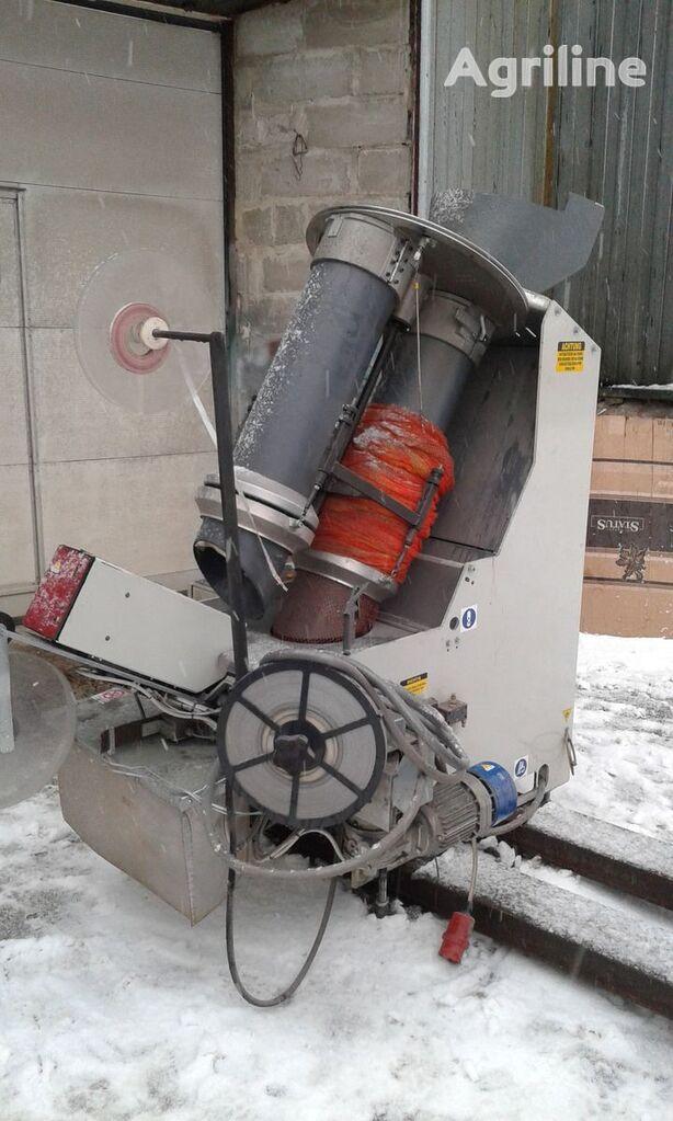 ostala poljoprivredna oprema Sorma RB2-120  Avtomaticheskaya klipsatornaya mashina dlya kartofelya,