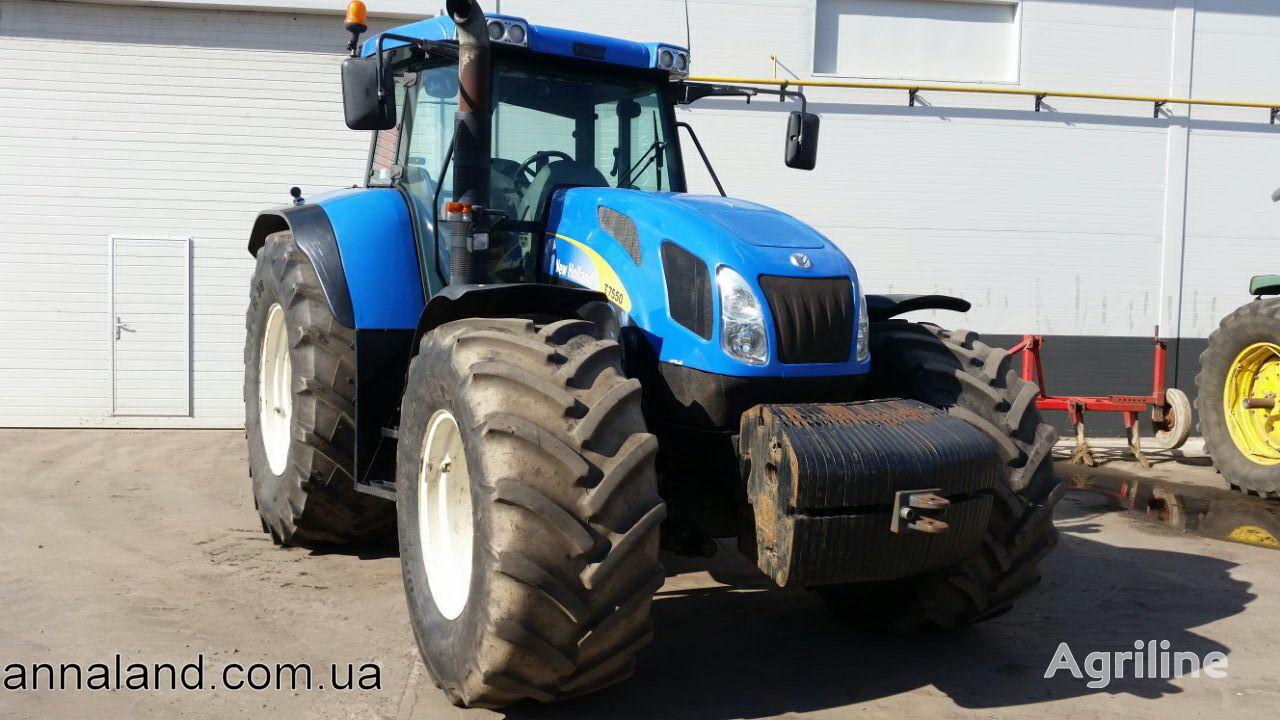 traktor točkaš NEW HOLLAND T7550
